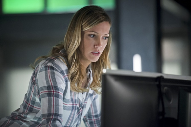 Katie Cassidy to Appear in Season 5 Premiere